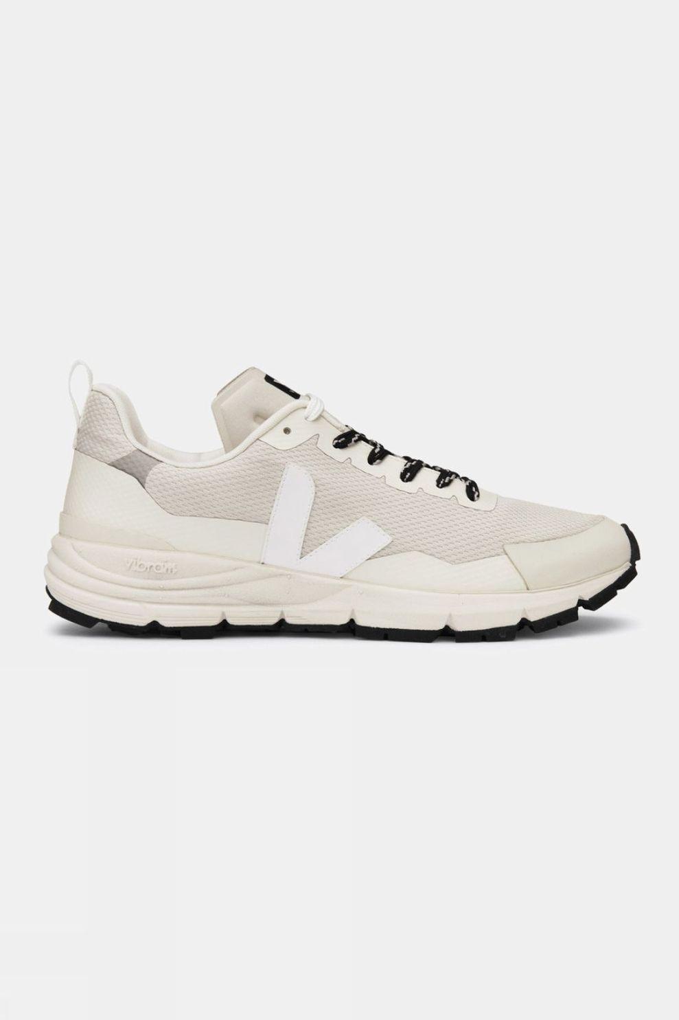 Veja Womens Dekkan Shoe
